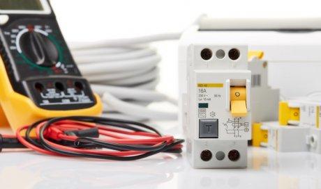 Electricien au Mans pour mise aux normes électriques de maison
